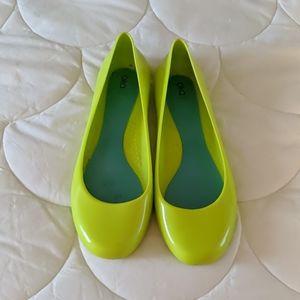 Oka B Taylor Neon Green Flars